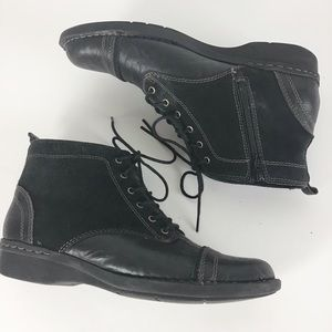 Clark's Black Leather/Suede Tie Front Utility Boot